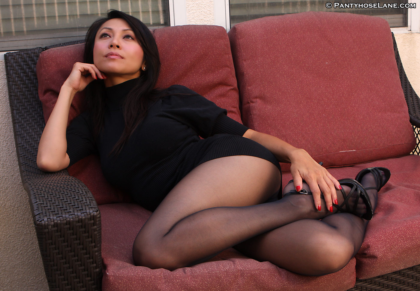 Jennifer lee pantyhose Bastard
