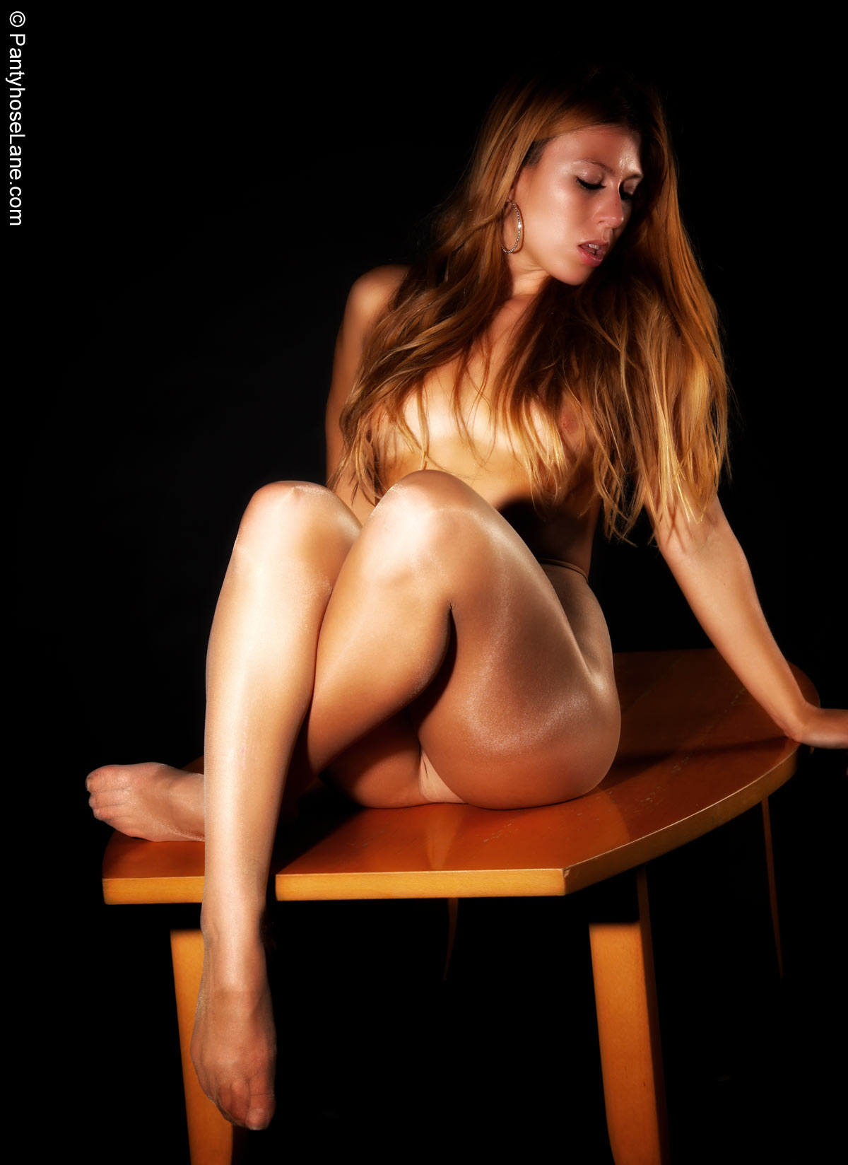 Hot nude mature women
